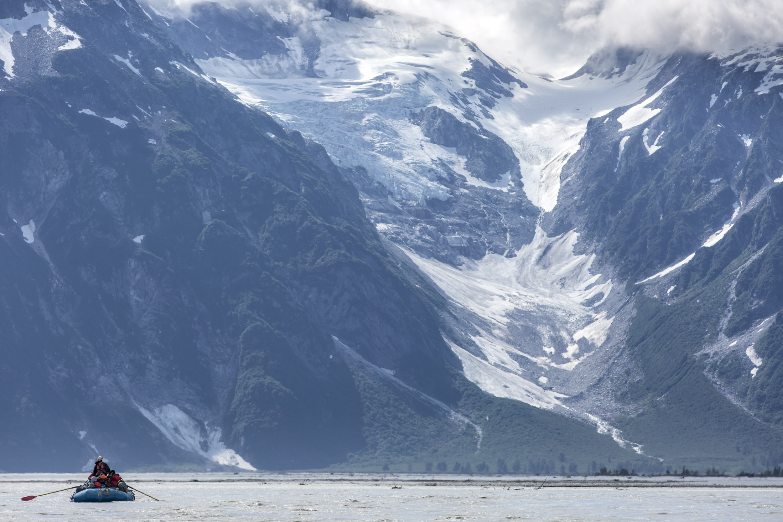 Alsek River - 12 Day Raft Expedition by Canadian River Expeditions - Image 4